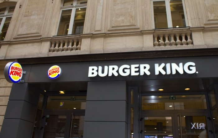 burger king ouvre un restaurant pr s des champs elys es atabula. Black Bedroom Furniture Sets. Home Design Ideas